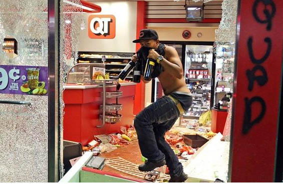 Looting in Ferguson MO